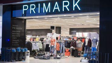 Liège: des employés de chez Primark atteints d'éruptions cutanées après avoir manipulé des vêtements
