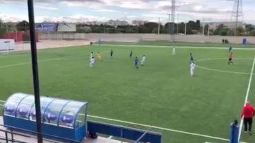 En Espagne, un jeune gardien marque un but de 20 mètres