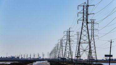 Des lignes électriques au Texas le 19 février 2021