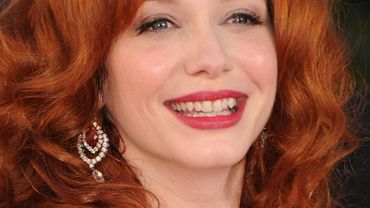 "Secrétaire sexy dans ""Mad Men"", Christina Hendricks tiendra le rôle principal du premier film de Ryan Gosling, ""How to Catch a Monster"", à sortir en 2014"