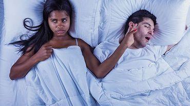 L'étude montre aussi que les femmes ont plus de chances de se sentir excessivement fatiguées et déprimées, d'avoir des difficultés de concentration, de mémoire et plus de mal à dormir la nuit.
