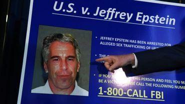Jeffrey Epstein détestait tellement ses conditions de détention qu'il payait des avocats pour lui rendre visite.