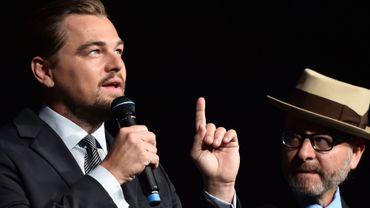 """Leonardo DiCaprio avec le réalisateur Fisher Stevens, à la présentation du documentaire """"Before the Flood"""""""