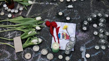 L'un des innombrables hommages aux victimes du commando du 13 novembre à Paris. Commando dont Salah Abdeslam faisait partie