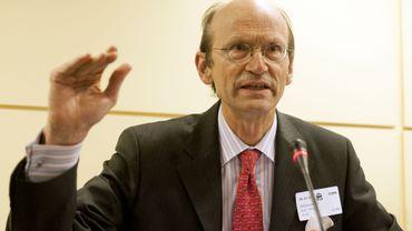 """Eric De Keuleneer: """"Sauver les banques sera inopérant sans réformes"""""""