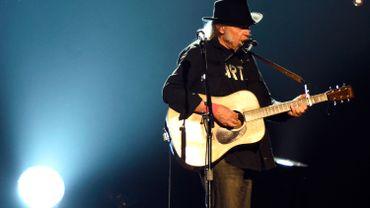 Neil Young postpose sa tournée
