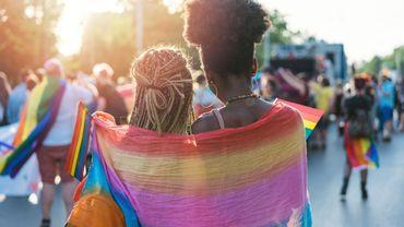 LGBTQIA+ : pourquoi le choix des mots est important dans les médias