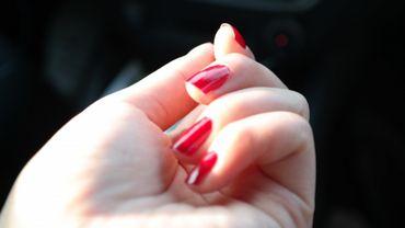 Une femme se coupe elle-même la main en Slovénie pour empocher 380.000 euros d'indemnités