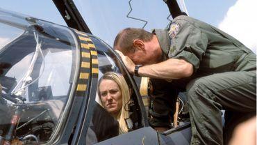 Justine Henin a eu l'occasion d'effectuer un vol en Alpha-Jet. C'était lors d'un défilé aérien de la fête nationale