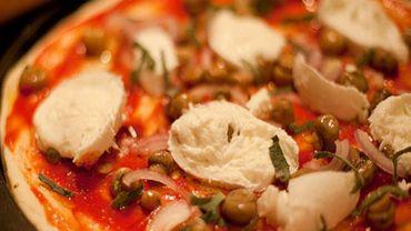 Le concept développé par Mamma Roma: vendre des morceaux de pizza au poids (illustration).