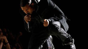 La paire avait été présentée publiquement, aux pieds de Kanye West, lors de la cérémonie des Grammy Awards 2008