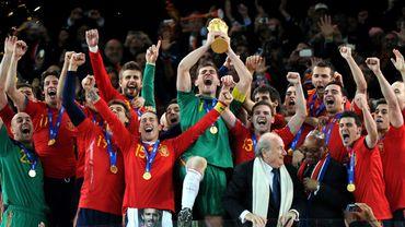 La fifa ne donne plus le troph e de la coupe du monde - Vainqueur coupe du monde 2010 ...