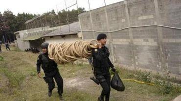 Mutinerie au Guatemala: trois surveillants tués, trois otages libérés