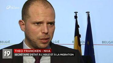 Manifestation à Vottem contre la politique d'immigration de Theo Francken