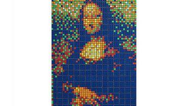 """La """"Rubik Mona Lisa"""" de Invader  a été adjugée 480 200 euros dimanche soir chez Artcurial."""