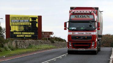 Brexit: Londres et Dublin disent être très proches d'un accord sur leur frontière