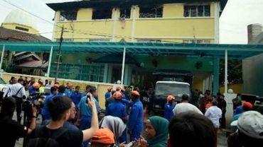 Incendie à Kuala Lumpur: le bilan revu à 24 décès