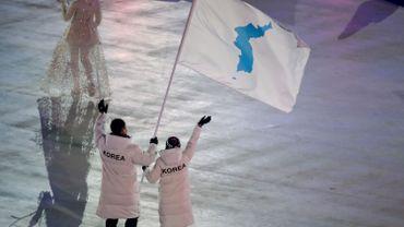 Les deux Corée avaient déjà défilé ensemble lors des JO d'hiver de Pyeongchang l'hiver dernier.