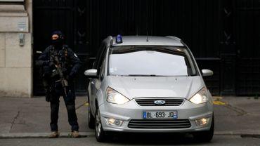 Salah Abdeslam aquitté la prison de Fleury pour se rendre au palais de Justice de Paris.