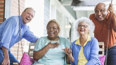 Les femmes qui ont connu leurs premières règles après l'âge de 12 ans et leur ménopause après 50 ans ont plus de chance de vivre jusqu'à 90 ans.