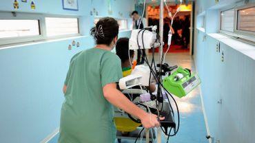 39 pédiatres et académiciens estiment dans une lettre ouverte qu'il n'existe pas, dans la pratique quotidienne, de réelle demande pour une extension de la loi sur l'euthanasie aux mineurs d'âge