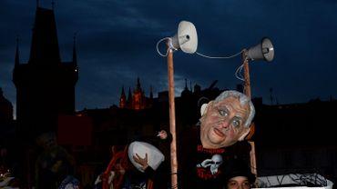 Le président tchèque Zeman participe à une manifestation anti-immigration et anti-islam