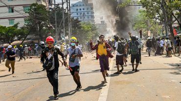 La répression menée depuis le coup d'Etat de février a fait plusieurs morts.