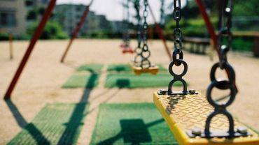 Les aires de jeux sont-elles dangereuses pour nos enfants? En cas d'accident, qui est responsable?
