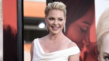 """En 1999, """"Roswell"""" fut le premier rôle de Katherine Heigl à la télévision, 6 ans avant """"Grey's Anatomy""""."""