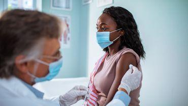 Coronavirus aux Etats-Unis: la logistique en place pour vacciner 6millions de personnes la première semaine