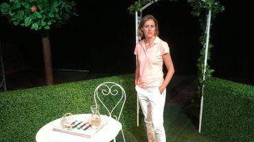 """Geneviève Damas pendant une répétition de """"La Solitude du Mammouth"""""""