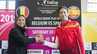 Kirsten Flipkens et Garbiñe Muguruza en ouverture de Belgique - Espagne