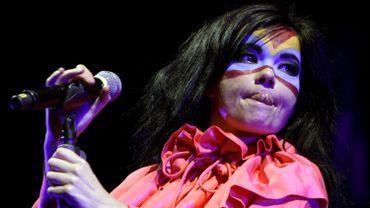 Björk donnera un concert sur la place Saint-Pierre de Gand en juillet