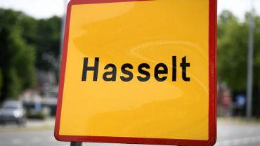 La police de Hasselt intercepte cinq personnes sans titre de séjour dans un camion