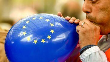 Coup d'envoi des élections: ce jeudi 23 mai, aux Pays-Bas et au Royaume-Uni