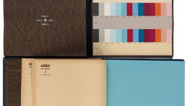 Le livre d'échantillons de la théorie de la couleur de Le Corbusier