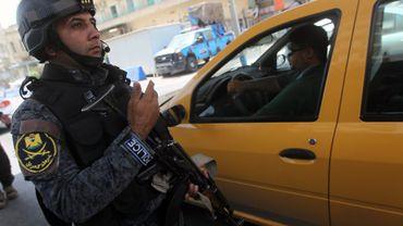 En Irak, les forces de l'ordre mettent tout en oeuvre pour retrouver les nombreux prisonniers qui se sont évadés de la prison d'Abou Ghraib