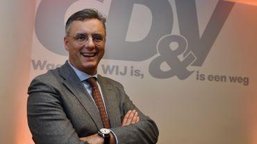 Joachim Coens, homme politique (CD&V) de 53 ans et bourgmestre de Damme.
