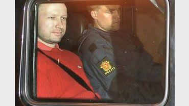 """Norvège: Behring Breivik formellement accusé d'""""acte de terrorisme"""""""
