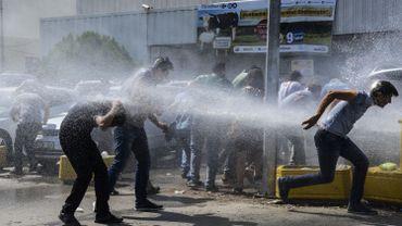 Il y a deux jours, la ville de Diyarbakir a été le théâtre d'une manifestation contre la suspension de 11 000 professeurs suite à la tentative de coup d'Etat.