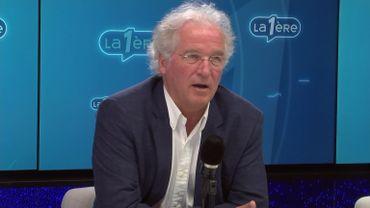 Didier Gosuin (Défi) au micro de Matin Première.