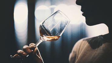 Les bons gestes pour déguster du vin