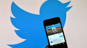 """Twitter interdit le """"porno vengeur"""""""