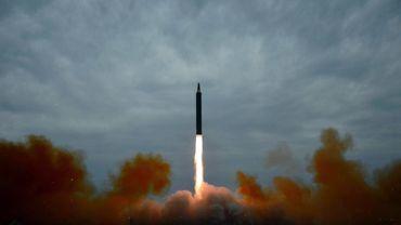 """Les armes nucléaires se modernisent dans de """"sombres"""" perspectives de contrôle"""