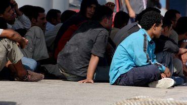 """Illustration - Les manifestants dénoncent la politique migratoire européenne """"qui provoque la mort de milliers de personnes en Méditerranée chaque année""""."""