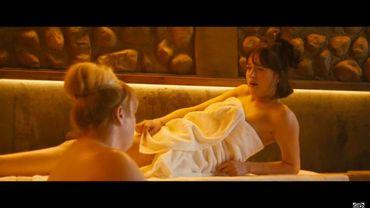 """Dakota Johnson et Rebel Wilson partage l'affiche de """"Célibaire, mode d'emploi"""""""