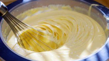 Préparer la crème pâtissière, un basique de la pâtisserie française