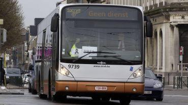 La STIB confirme l'agression d'un chauffeur de bus ce samedi, à proximité de la station Simonis