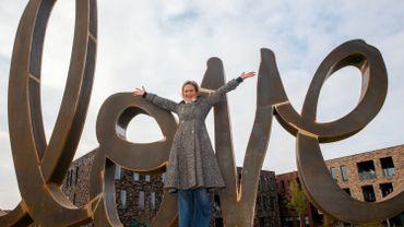 """La sculpture """"Ageless Love"""" de Delphine de Saxe-Cobourg"""
