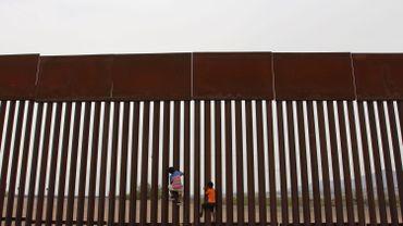 Aux Etats-Unis, une migrante demande réparation aux autorités après la mort de son bébé